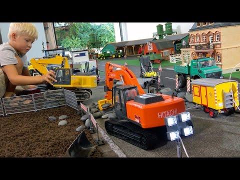 BRUDER Construction Toys for Children EXCAVATORs DEERE HITACHI & RC Grabber LONG PLAY!