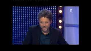Stéphane Guillon & Cristiana Reali - Panique dans l'oreillette