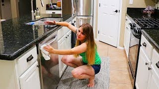 KITCHEN NIGHTLY RESET // CLEANING MOTIVATION // CLEANING MOM