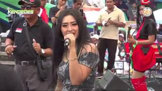Download Video Pria Idaman - Yeyen Vivia NEW KENDEDES Sedekah Laut 2018 Pelabuhan Tegal Timur MP3 3GP MP4