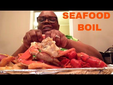 SEAFOOD  BOIL - SNOW CRAB LEGS •CRAWFISH •SHRIMP • CANJUN SAUSAGE | MUKBANG ( EATING SHOW )