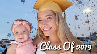 graduating-high-school-with-my-baby-teen-mom-high-school-graduation-vlog