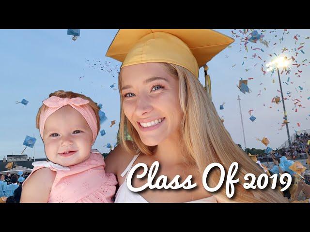 Graduating High School with my Baby!! // TEEN MOM HIGH SCHOOL GRADUATION VLOG