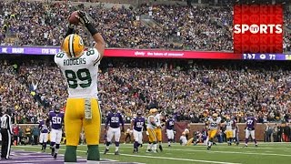 Packers SURVIVE at Vikings [Rodgers Leads the Way]