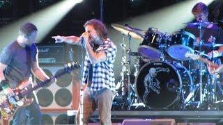 Pearl Jam: Rival [HD] 2010-05-17 - Boston, MA