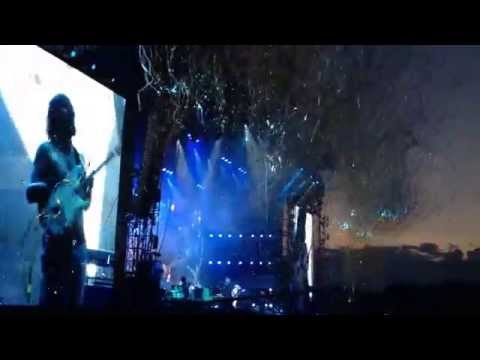 """Biffy Clyro ♪ Isle of Wight Festival 2014 ♪ """"Many of Horror"""" LIVE"""