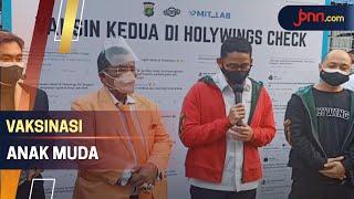 Lihat, Sandiaga Uno dan Bang Hotman Tinjau Vaksinasi - JPNN.com