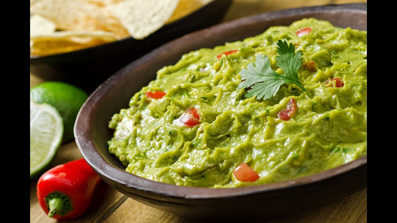 How to Make Guacamole - YouTube