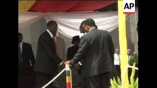Video Mugabe, Tsvangirai at general's funeral, Mugabe comment download MP3, 3GP, MP4, WEBM, AVI, FLV Oktober 2018