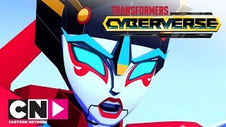 Transformers Cyberverse | Wśród śniegów | Cartoon Network