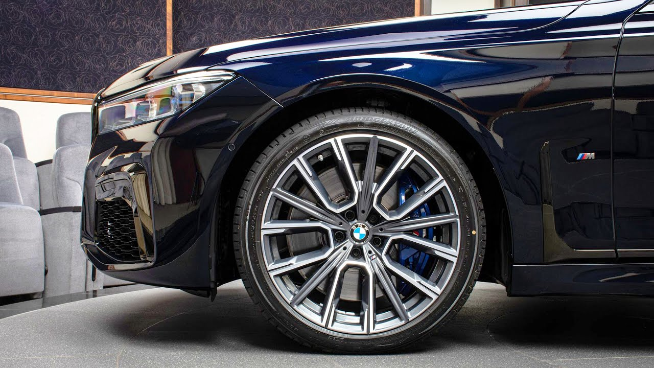 2021 BMW M760Li xDrive luxury limousine in Azurite Black ...