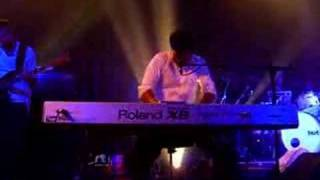 Daniel Powter at Bristol Carling Academy 13/06/06 Opening Song of t...