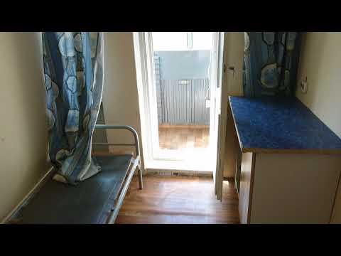 Отдельная комната, без комиссии, с железной дверью, мебелью и балконом.