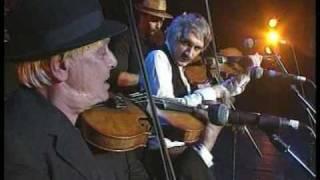 "Muzsikas with fantastic violinist ""Neti"" : Kalotaszeg music -1"