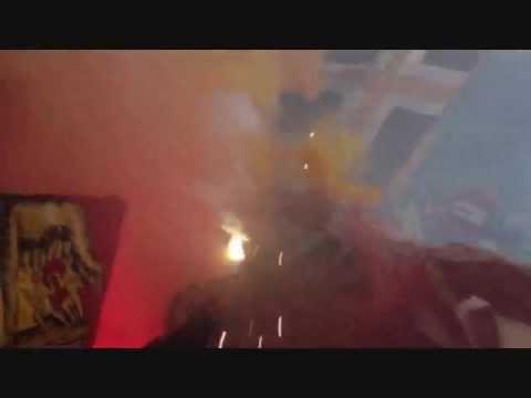 Curva Sud in azione Derby Roma-Lazio 1-1 8/4/13