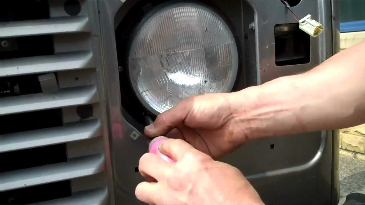 DRL Headlight upgrade on Land Rover Defender 2012 YouTube