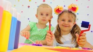 Видео для детей. Ксюша. Алиса. Рисование или печати