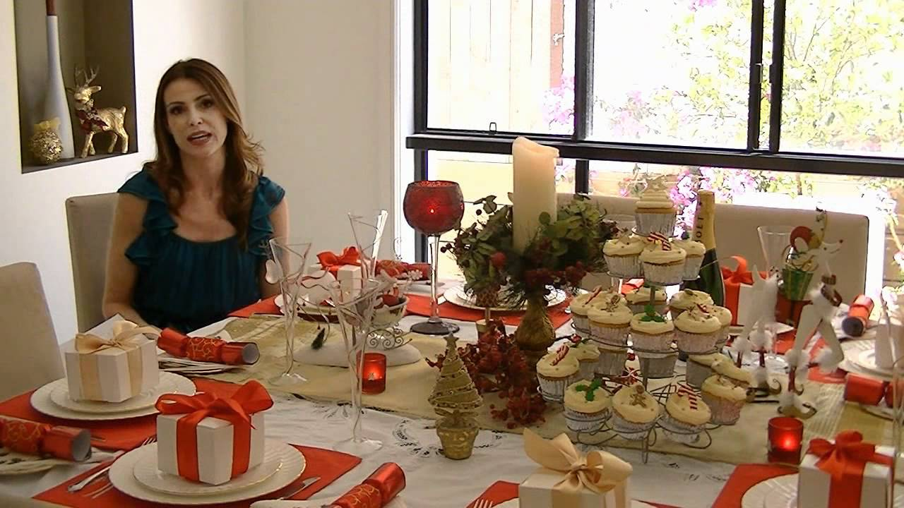 How to decorate an amazing christmas table youtube for How to decorate