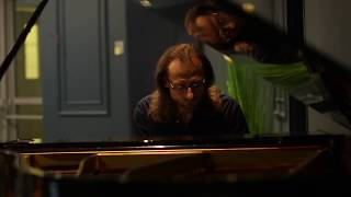 Technion Computer Science Prof. Alex Bronstein Plays Beethoven