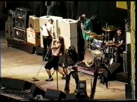Red Hot Chili Peppers - Under the Bridge (Washington, 1998)