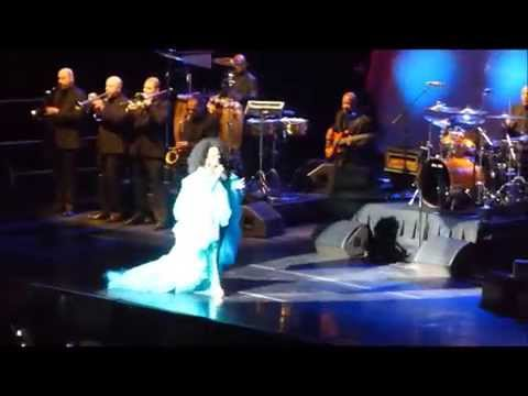 Diana Ross 1st Honolulu Concert 6-12-15 In the Name of Love Tour(Part 1 of 2)