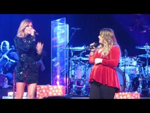 Kelsea Ballerini & Kelly Clarkson - HAVE YOURSELF A MERRY LITTLE CHRISTMAS