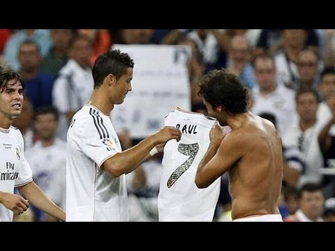 sports shoes b208b 1b0a6 Raul Gives His Jersey to Cristiano Ronaldo | Real Madrid Vs Al-Sadd  22/08/2013