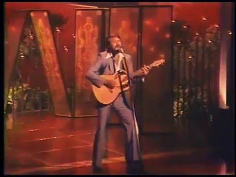 Glen Campbell Music Show-  Try a Little Kindness HQ