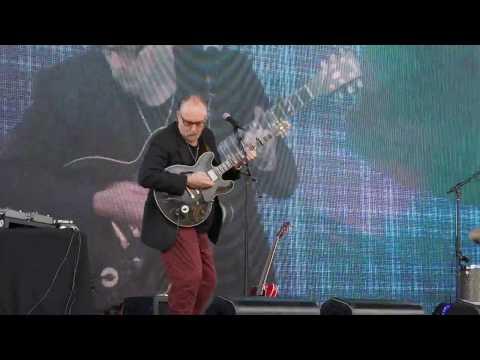 Ed Kuepper and Mark Dawson, 8  performing at Mona, Hobart, 6.11.2016 Mp3
