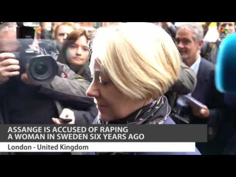 Assange Questioned by Swedish Prosecutor