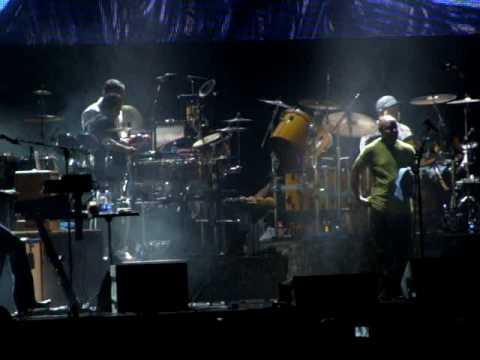 Santana bids Ottawa Bluesfest fans...