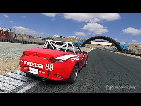 Sim Racing Paddock vs The Simpit? Driving in iRacing!