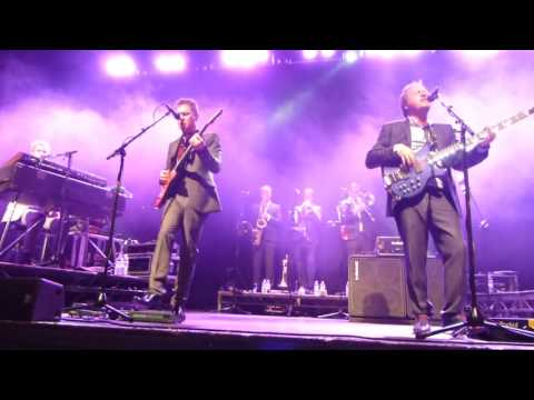 The Sun Goes Down / Guaranteed Level 42 Glasgow 7 Oct 2016