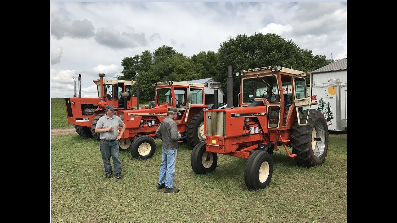 allis chalmers 200, 190xt and 440 tractors sold on hastings, mn farm  auction saturday