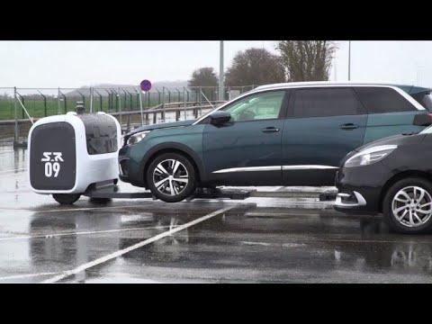 L'aéroport de Lyon lance un service de robots voituriers
