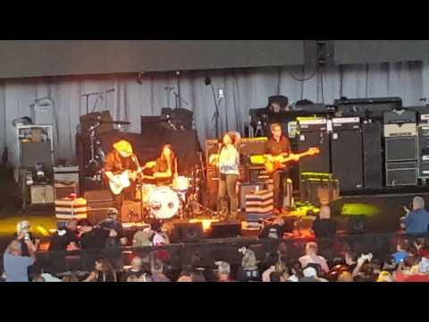 Chris Stapleton  - Might as well get stoned  - July 5th  - Milwaukee Wisconsin  - Summerfest