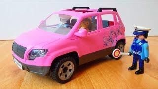 Полицейская машина мультик: Детское автокресло. Сеня играет в полицейские машинки.