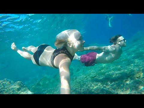 Exploring The Best Of Santorini Greece - Travel with Caroline Buchanan/Barry Nobles
