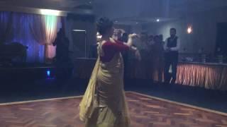 London Thumakda - Wedding Reception Group Dance