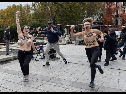 Activistas de Femen irrumpen en un acto de Falange convocado por el 20N