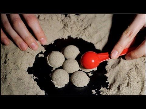 ASMR ♥ Satisfying Kinetic Sand Magic ♥