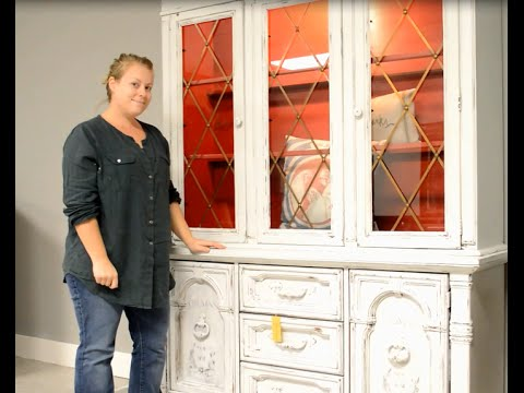 Painting a Shabby Hutch with Clay Chalk Mineral Base Paint