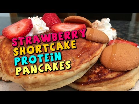 strawberry-shortcake-protein-pancakes-recipe