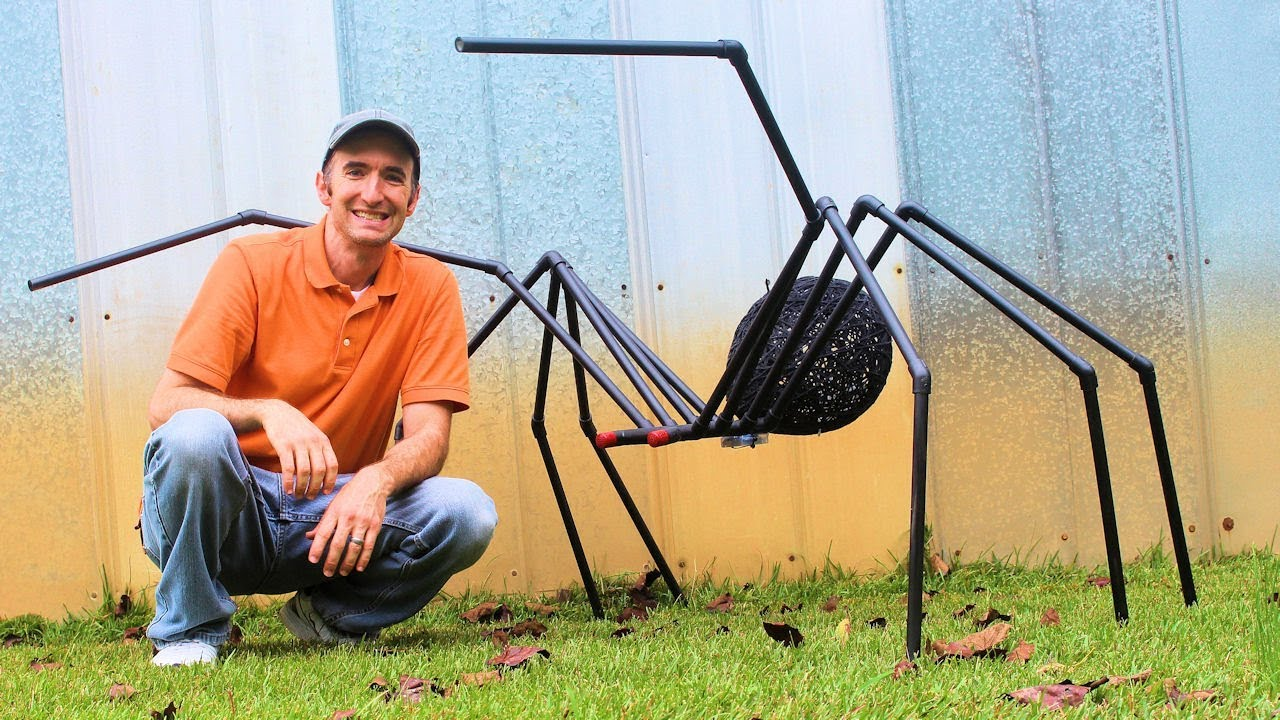 Huge Spider for DIY Halloween Decorations with PVC Pipe