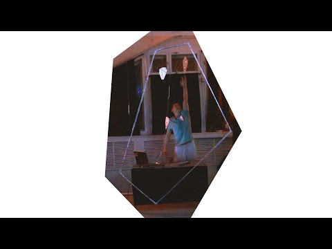 BLENDMO - SCRApPING PIcTURE FRamEs (Installation Performance)