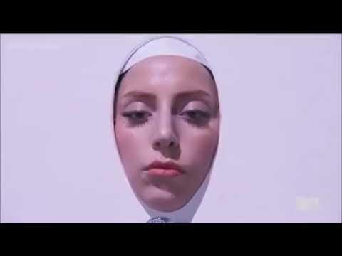 Lady Gaga - Applause Live (Video Music Awards 2013)