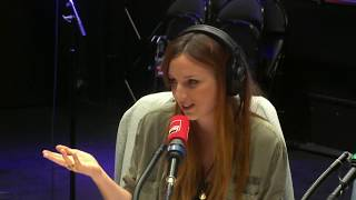 Marie-Cystite versus les jeunes - La Drôle D'Humeur D'Alison Wheeler