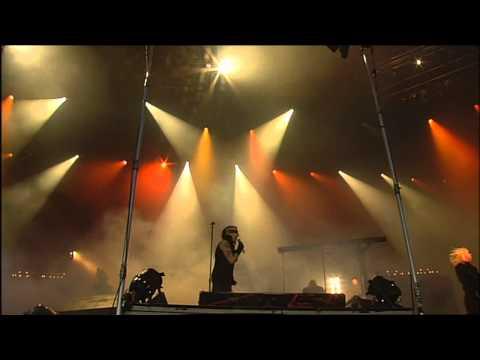 [02] Marilyn Manson - Personal Jesus (Reading Festival 2005) (720p)