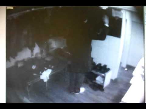 Скрытая камера в раздевалке 2
