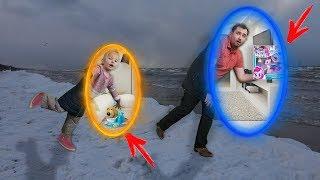 Алина и папа веселятся на море - НЕ ПОДЕЛИЛИ игрушку My Little Pony русалку - Купаем ЩЕНКА челлендж
